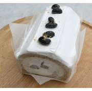 紅茶と黒豆ロール(18cm)米粉